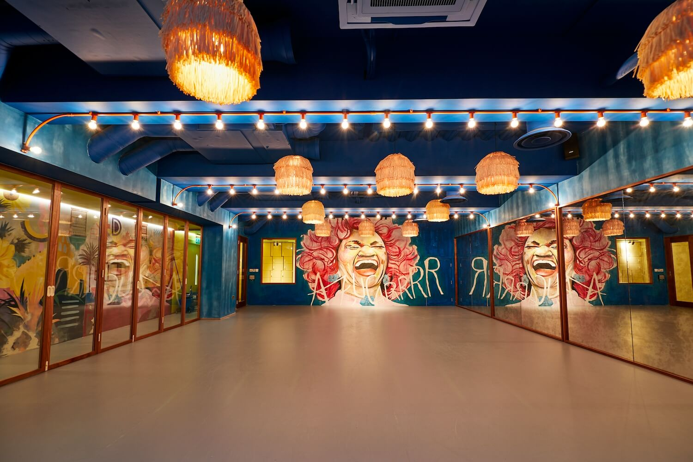 dance studio east london