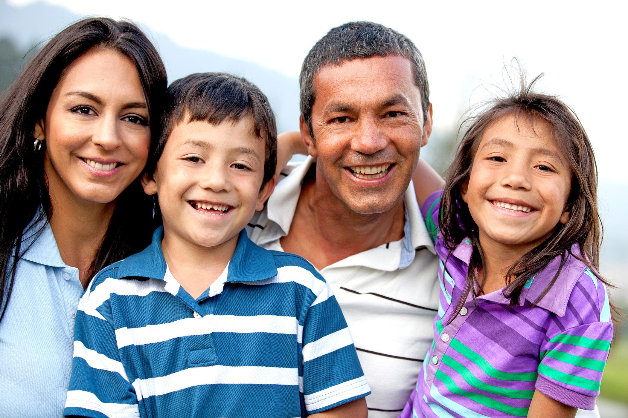 Illinois Rental Assistance Program - family smiling