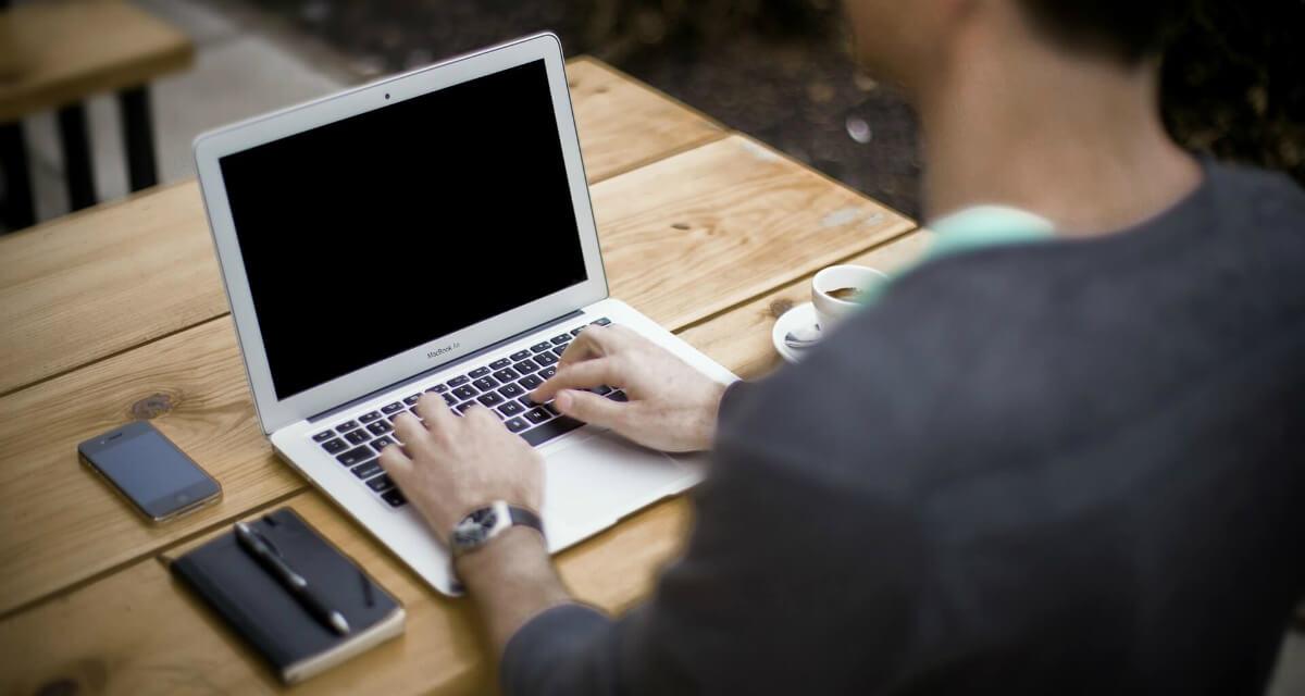 Kanzlei-Blog: Wie Anwältinnen + Anwälte wirksam bloggen