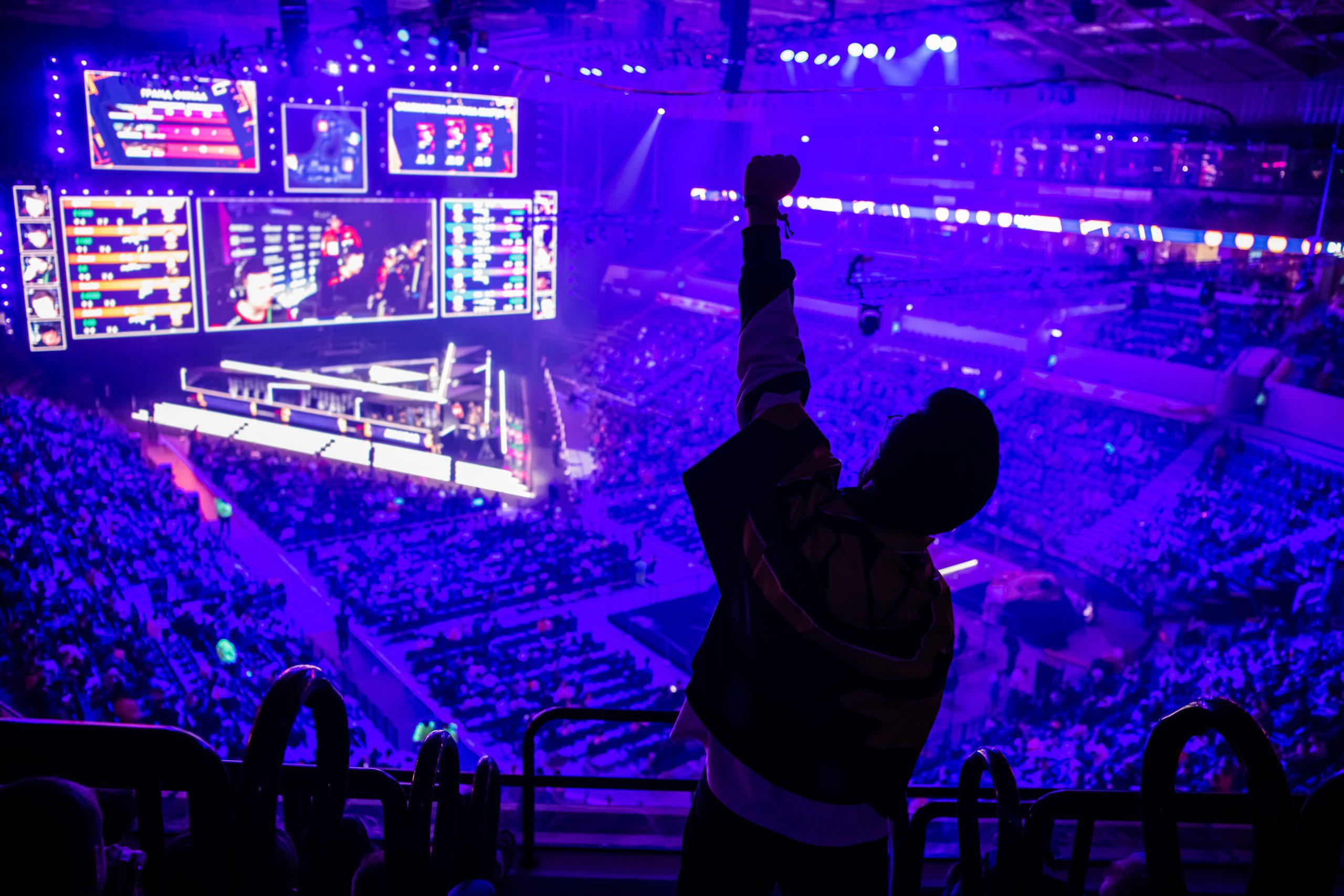 Predicting the unpredictable with esports events