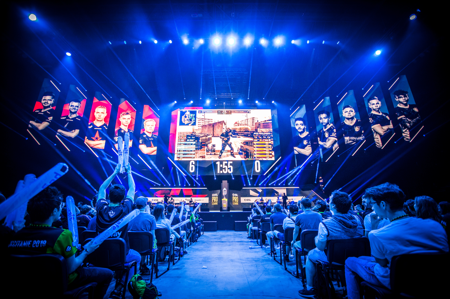 What's the risk of unofficial esports data?
