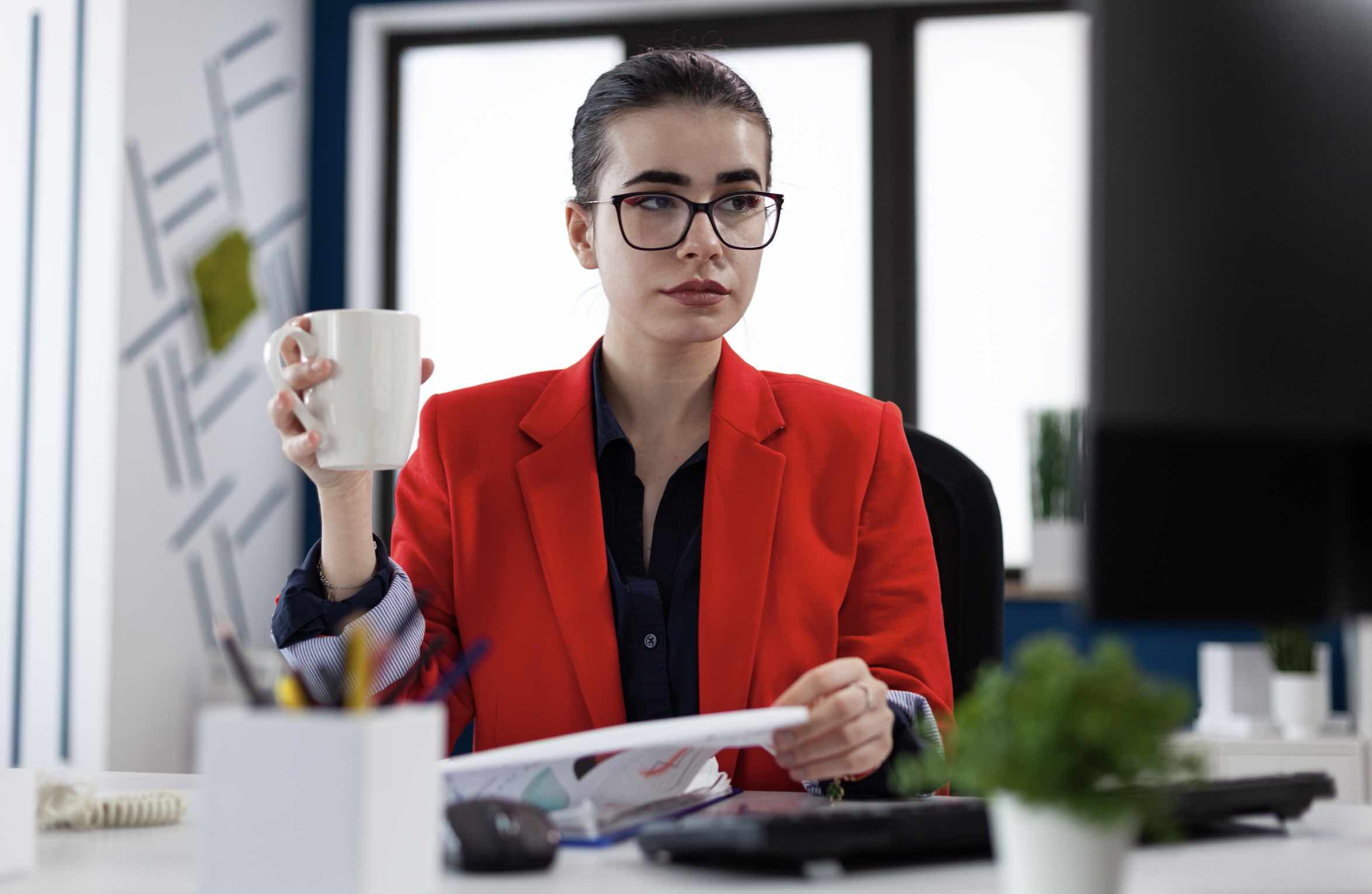 10 Signs of Addiction in the Workplace