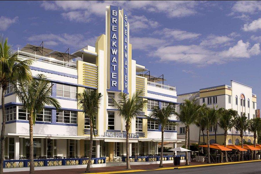 Hotel Breakwater South Beach