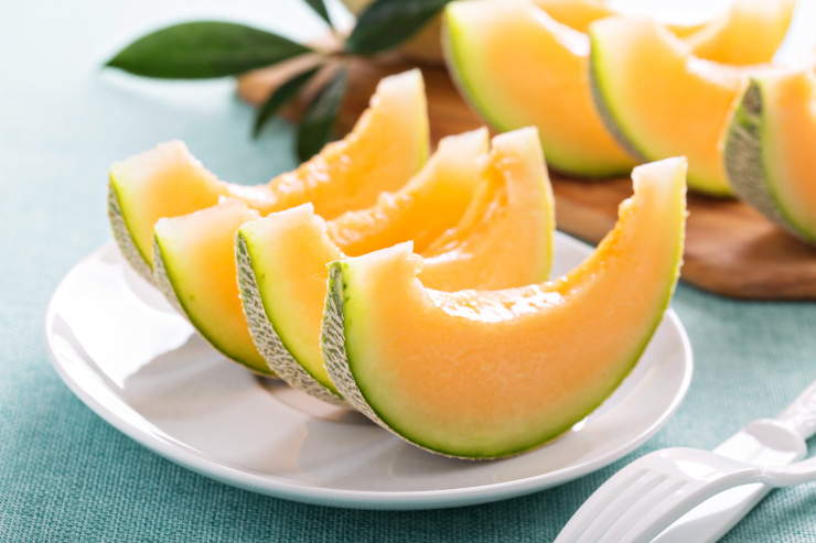 cantaloupe's sliced on plate