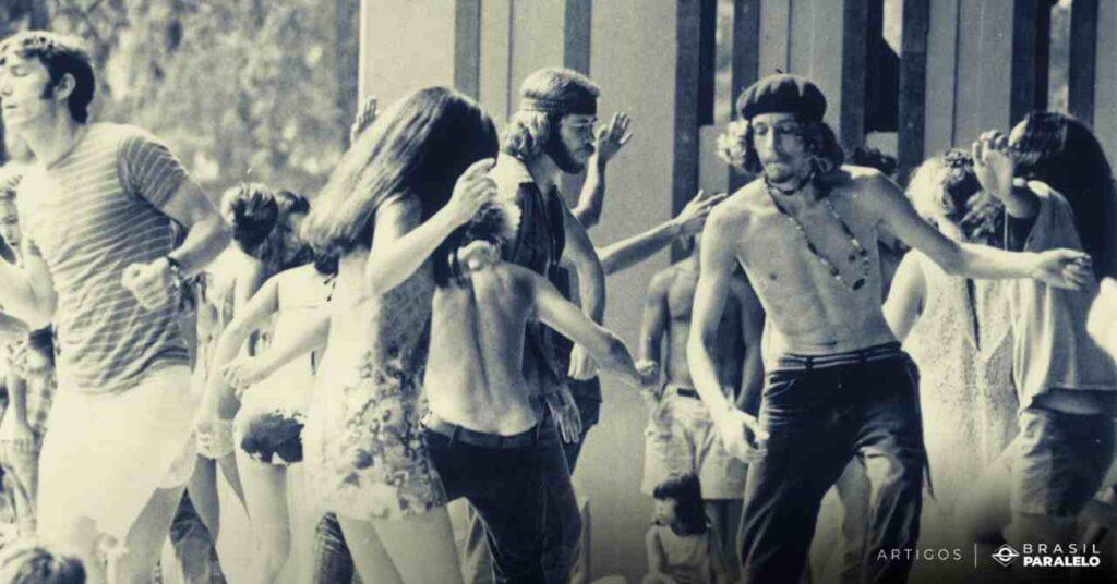 etapas-da-revolucao-sexual-com-hippies-em-maio-de-68