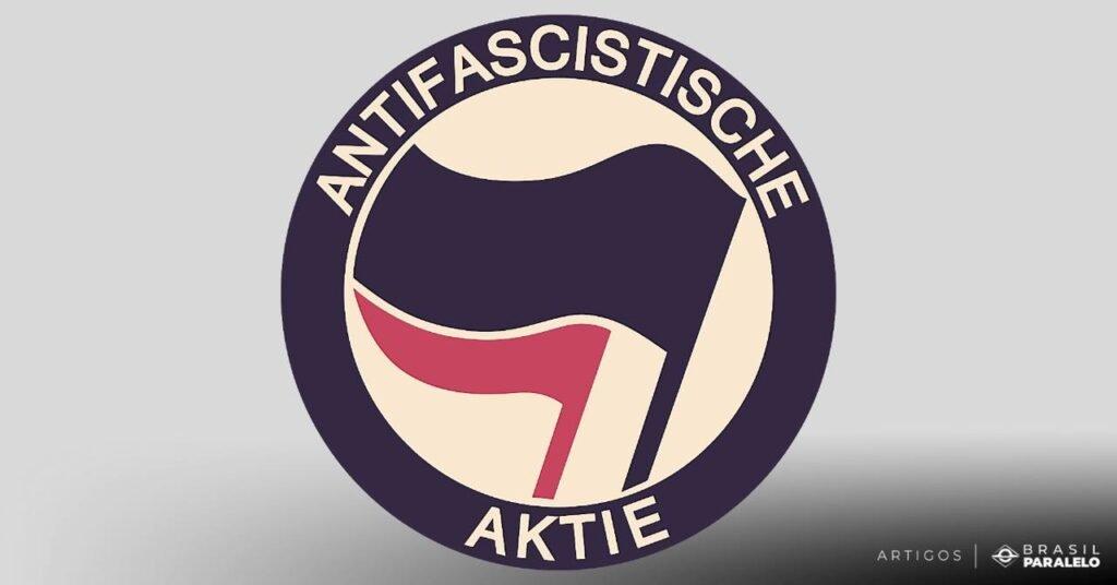 A estratégia do Movimento Antifascista segue um caminho ordenado:  Desvirtua-se um signo com um significado ruim. O fascismo é um signo negativo, entretanto, é usado de forma desvirtuada, sendo aplicado aos opositores e não aos fascistas reais.   O fascismo foi desvirtuado de forma que se pense que é fruto da extrema-direita. Ao xingar um inimigo de fascista, a carga emocional que a palavra carrega gera um estereótipo.  Entenda melhor a diferença entre esquerda e direita.  Desumaniza-se o adversário. Com o adversário identificado e rotulado, ele pode ser desumanizado. Torna-se legítimo usurpar seu direito de livre expressão e justificável a agressão e o atentado contra sua vida.   Isto foi materializado no atentado sofrido pelo Presidente Jair Bolsonaro, por exemplo. Houve comemoração por parte de alguns grupos autodenominados antifascistas quando ele foi hospitalizado.  Replica-se a estratégia no politicamente correto. A estratégia se torna válida para outros termos como: racismo, homofobia, machismo, etc.  Qual é o símbolo do Movimento Antifa?