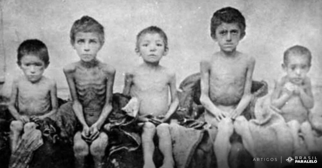 criancas-com-fome-por-causa-do-comunismo-na-URSS