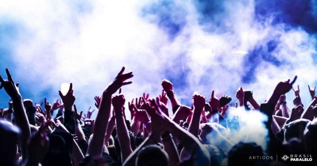 Musica-popular-pobre-e-de-massa-e-a-musica-industrial