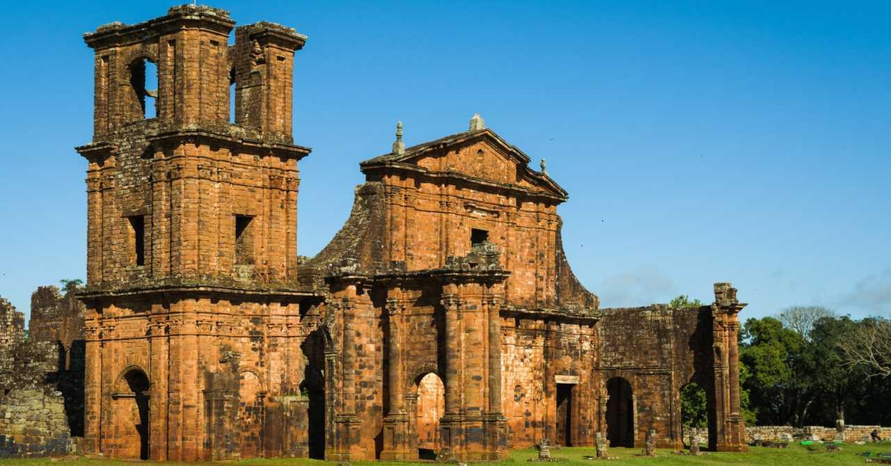 Por que os Jesuítas foram expulsos do Brasil