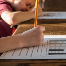 alunos realizando avaliação formativa