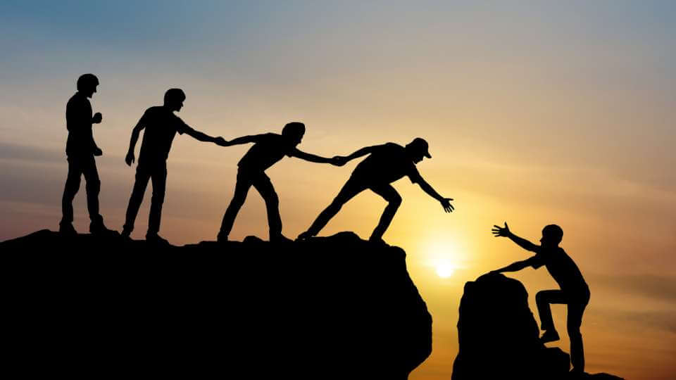 Cultivating employee trust in the 2020 workplace   peopleHum