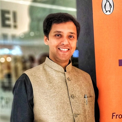 """Paradox of customer experience: the """"Human Element""""- Dr. Shashank Shah [Interview]"""