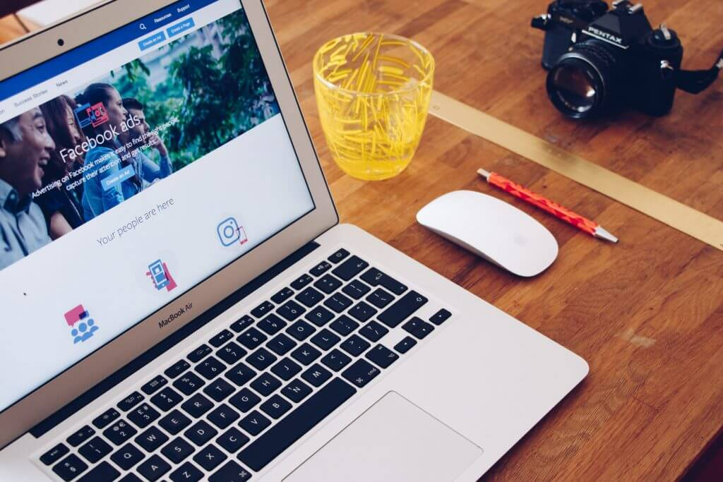 6 attention hacking tips for social media | peopleHum