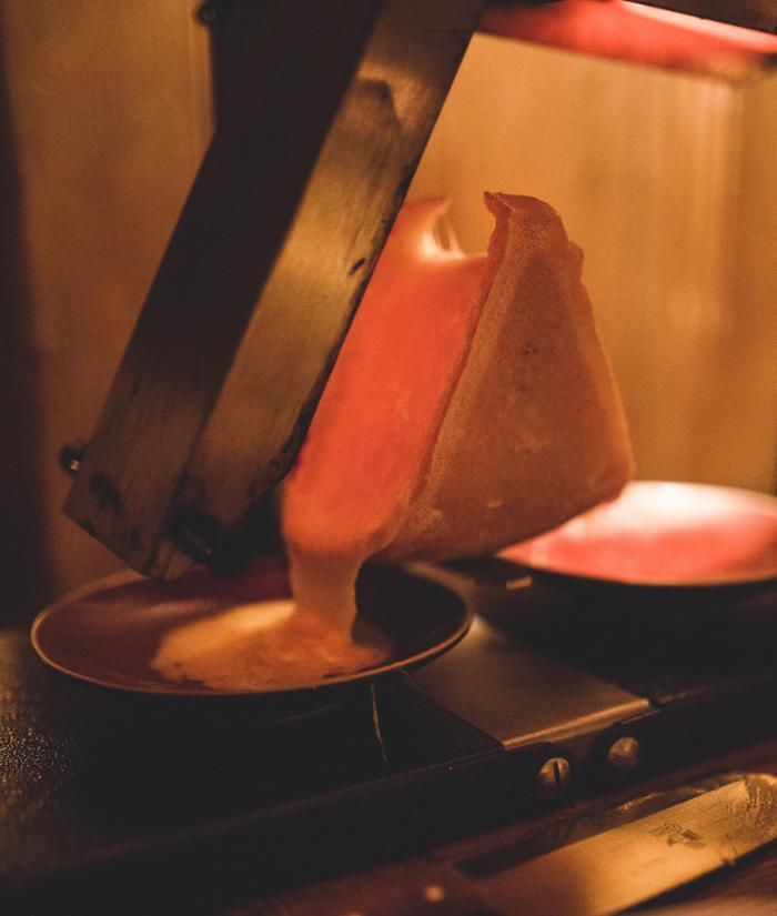 Raclette au couteau Megève