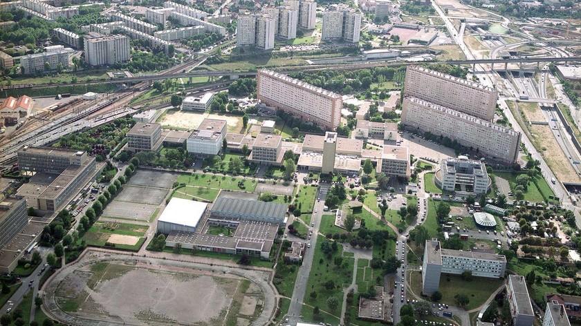 Investir République - Université Nanterre