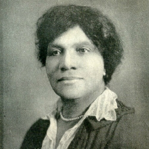 Adah Thoms fought for African American involvement in the Army Nurse Corps during WWI (1870-1943)