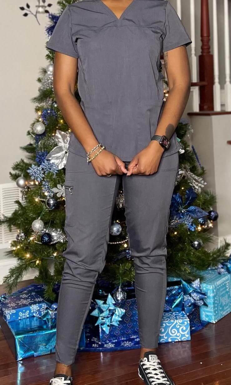 nurse ashley sayles born-o uniforms scrub review front